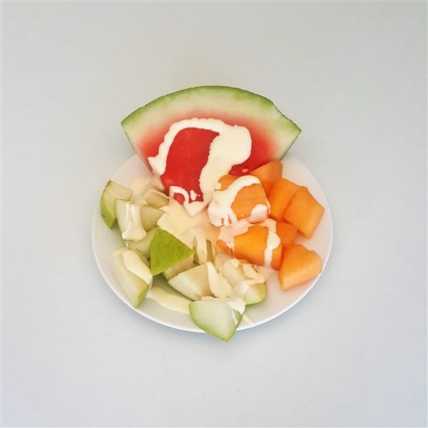 053 - Fruit & Cream