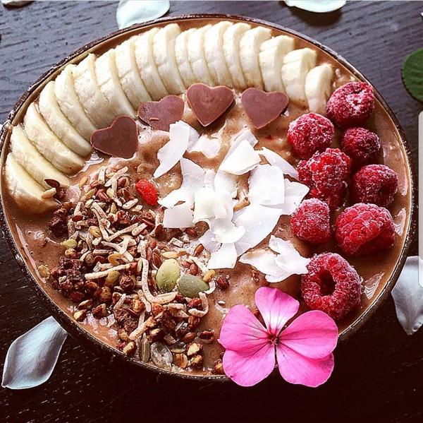 068 - Chocolate Smoothie Bowl